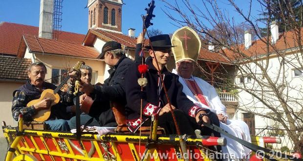 Proslava Martinja u Slatini započela vožnjom kočijom - naslovnica